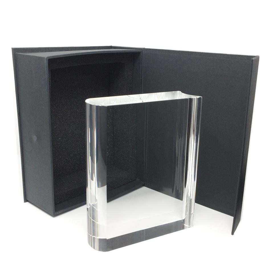 Trophée livre en verre pour gravure et ou marquage en couleur.