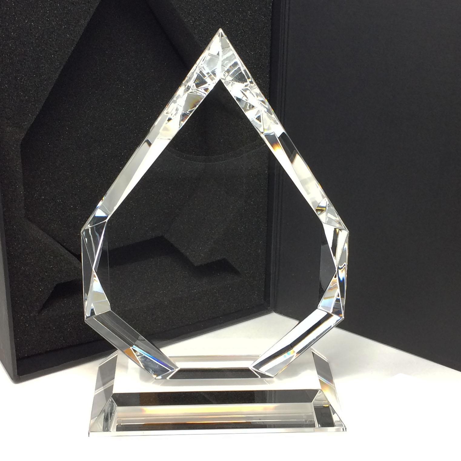 trophée personnalisé en verre