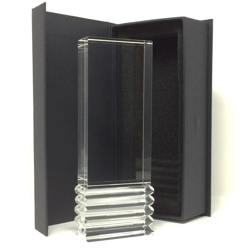 Trophée industriel contemporain en verre